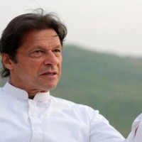 Imran requests SC to announce verdict 'at the earliest'