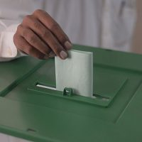 Media not allowed to enter polling stations, allege journalists