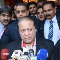 Nawaz accuses CJP of foisting dictatorship