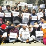 Kashmiri journalists protest India's media gag